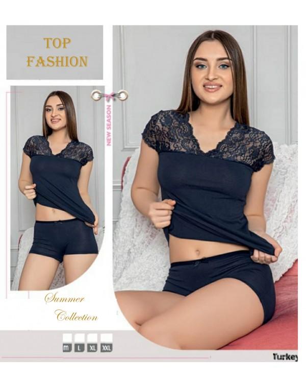 Жіноча піжама з кружевом